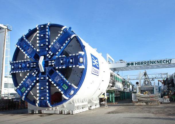 Crossrail tunnelling to start in less than 100 days as first tunnel boring machine unveiled