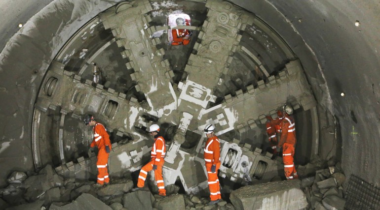 Crossrail tunnelling machine Elizabeth breaks through into Farringdon, May 2015_196754