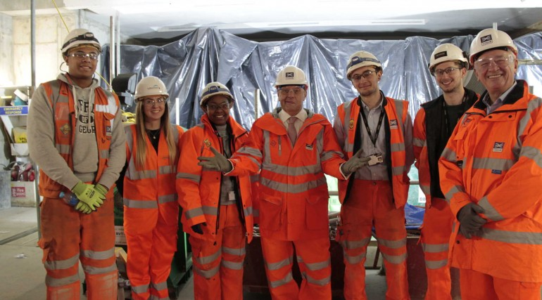 2_John Hayes MP visits Crossrail Liverpool Street site to meet apprentices_251184