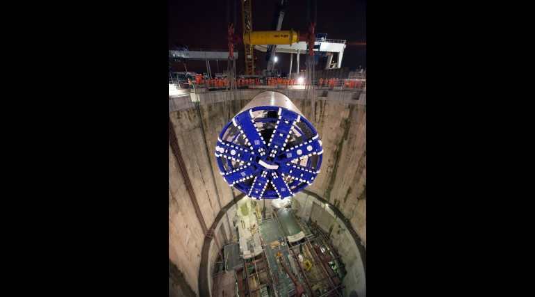 Crossrail TBM Elizabeth lowered into the main shaft, 25 October 2012