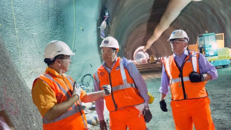Transport Minister Stephen Hammond visits Crossrail's Whitechapel station