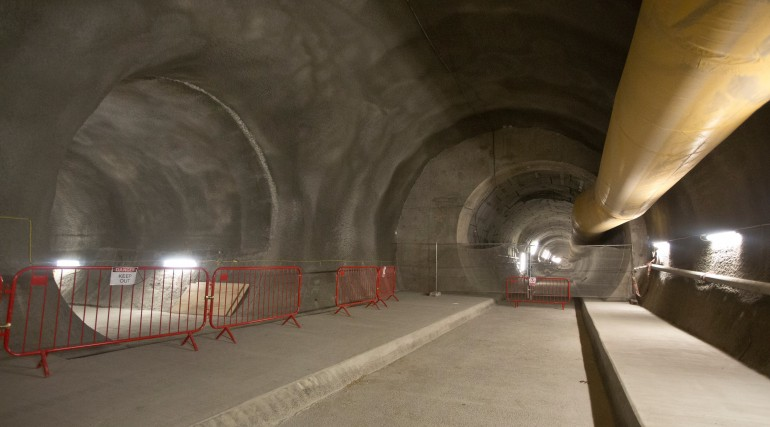 Bond Street Station - tunnels 30 metres below Oxford Street now finished_208385