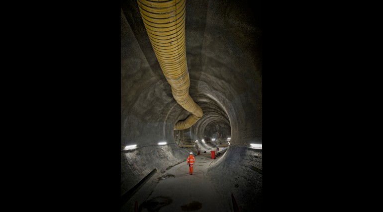 Bond Street Station - tunnels 30 metres below Oxford Street now finished_209409