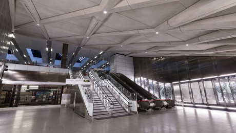 Farringdon Elizabeth line station handed over to Transport for London