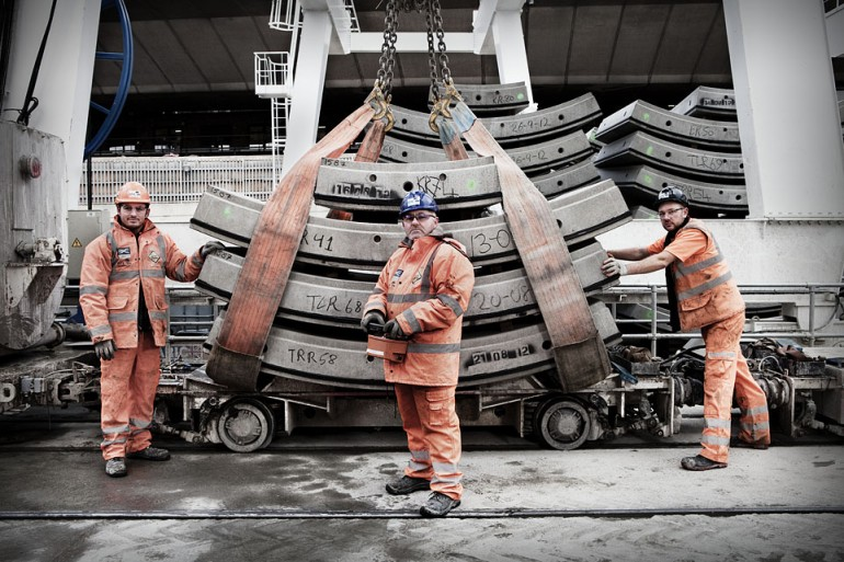 Award-winning photographer celebrates Crossrail in Westway photography exhibition