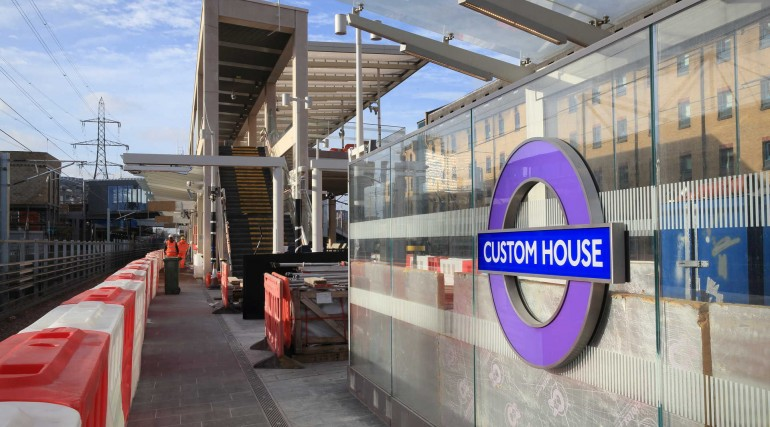Elizabeth line roundel installed at Custom House station platform_300088