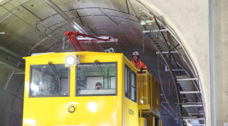 Fitting overhead catenary in westbound tunnel at Royal Oak Portal_299439