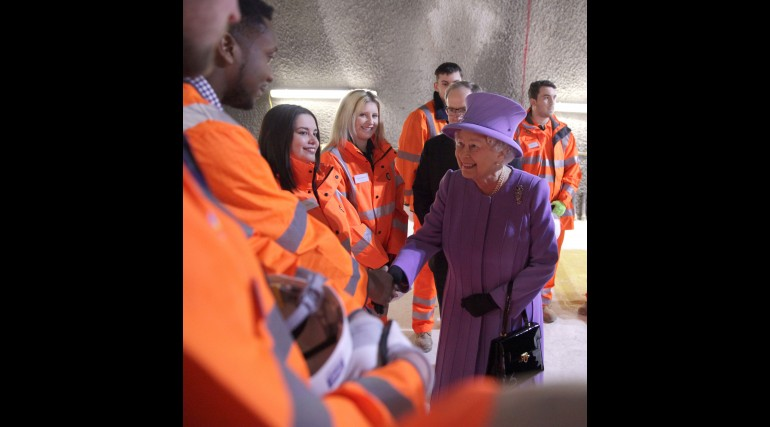 Her Majesty the Queen visits the under-construction Crossrail station at Bond Street_227827