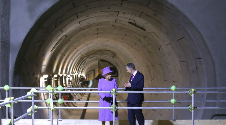Her Majesty the Queen visits the under-construction Crossrail station at Bond Street_227848