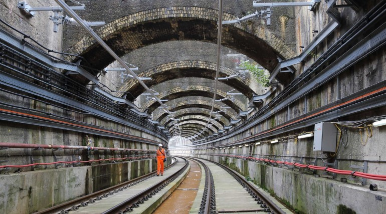 Permanent Elizabeth line track installed through Connaught Tunnel_280548