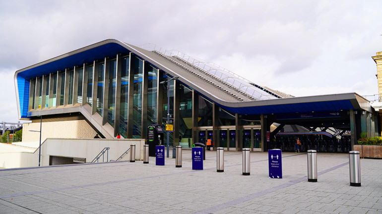 Reading Station
