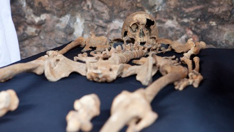 New research shows Crossrail's Charterhouse skeletons were Black Death victims