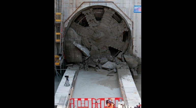 TBM Jessica Breakthrough - Royal Victoria Dock Portal_152779
